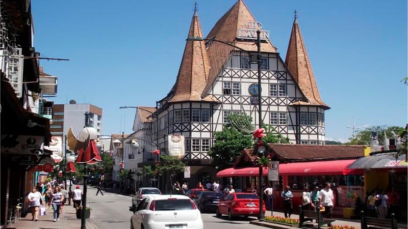 Saiba mais sobre a cidade de Blumenau com o Hotel Glória