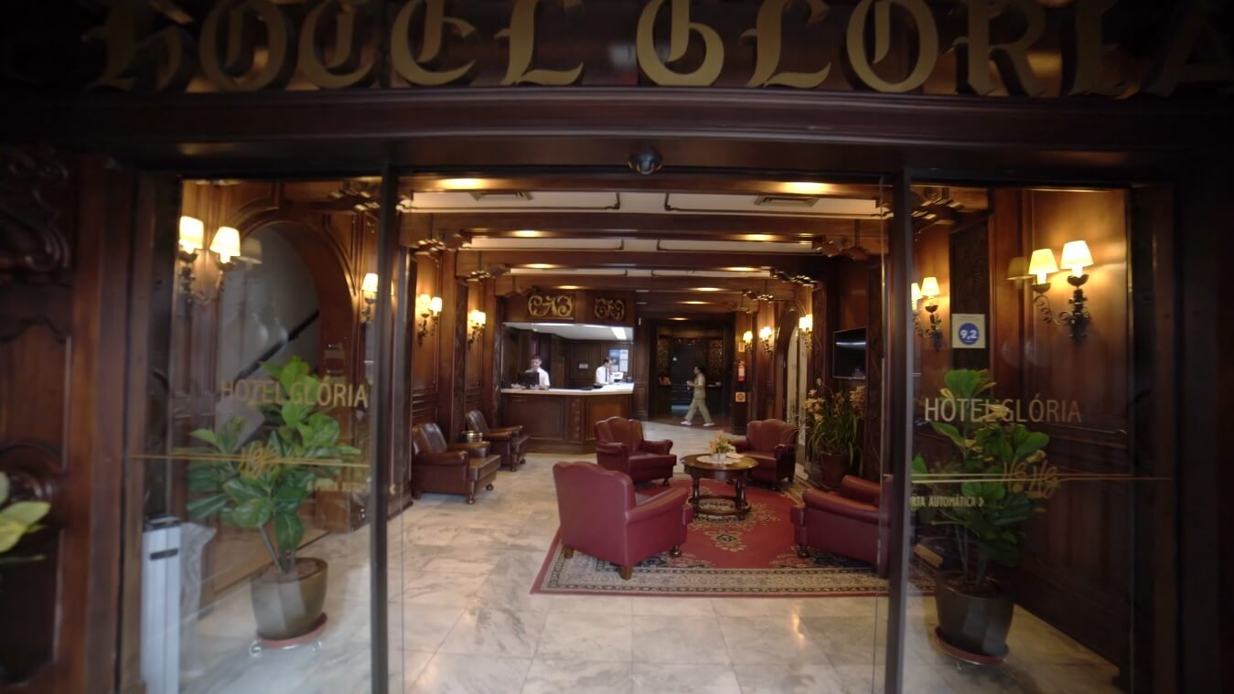 hotelgloria print